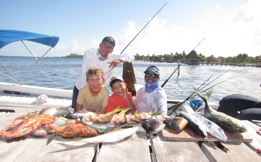 new-Belize-Guide-family-fish-day
