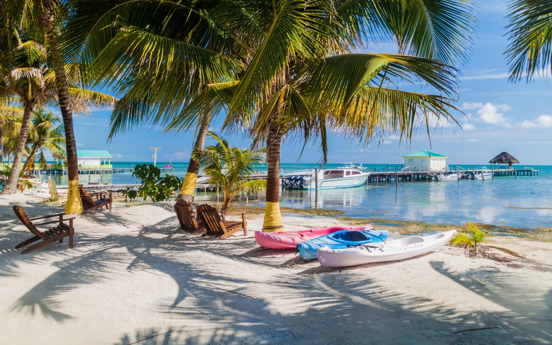 Beautiful Belize: 5 Reasons to Make the Trip